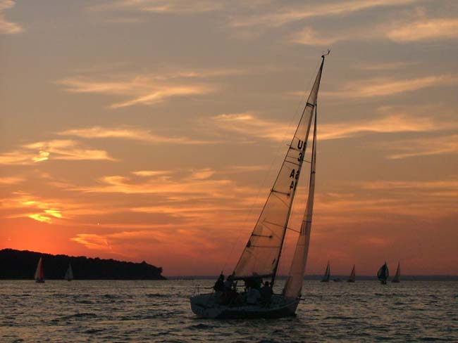 Wednesday Night Racing - Lloyd Harbor Yacht Club